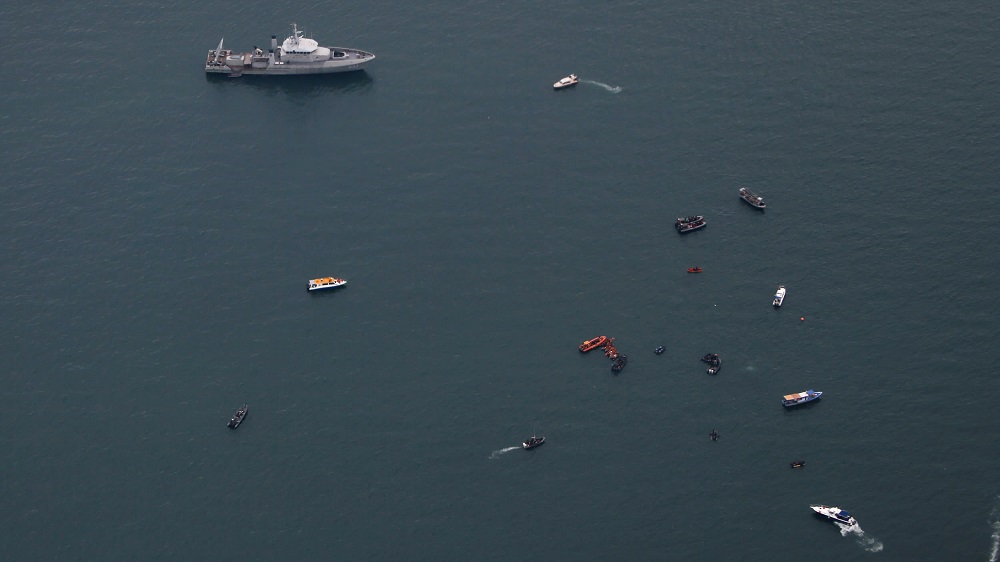 Indonesia Locates Black Boxes of Crashed Jet as Body Parts Recovered |  Asharq AL-awsat