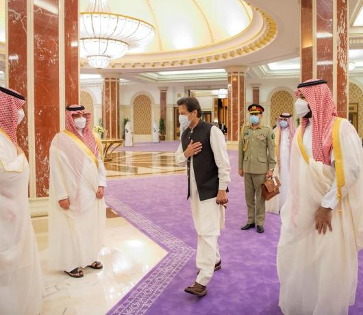 Pakistani PM's Visit to Saudi Arabia Capped off with Plan to Form Coordination Council