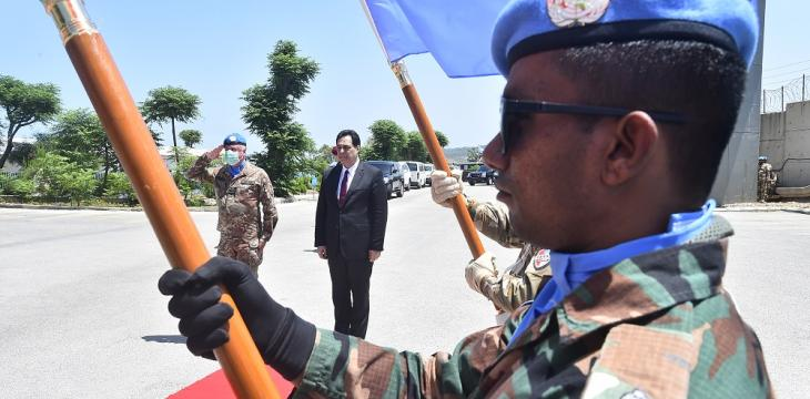 Lebanese PM Visits UN Peacekeepers amid Dispute over Mandate