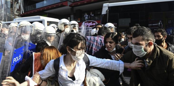 Turkish Officers Disperse Anti-Police Brutality Protest
