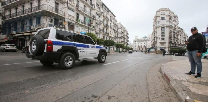 Algeria Orders Gradual Reopening of Mosques