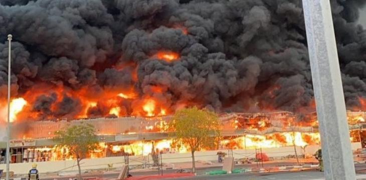 Large Fire Breaks out in Market in Ajman, UAE