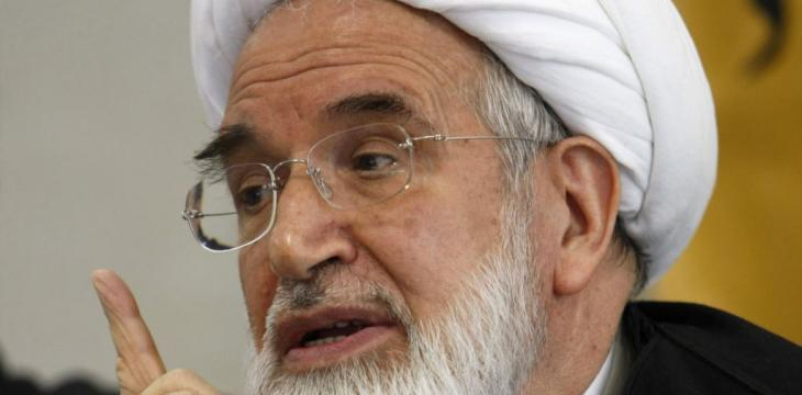 Karroubi Meets Activists in House Arrest
