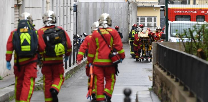 7 in Custody after Stabbing in Paris