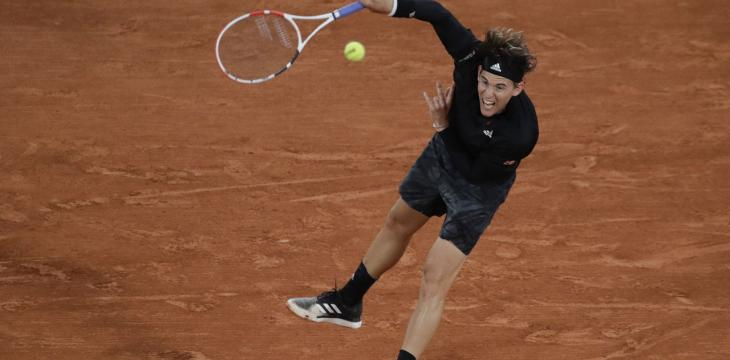 Thiem Right at Home in 1st-Round Win at a Chilly French Open