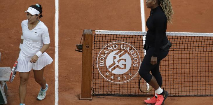 Serena Digs Deep to Find a Way Past Ahn into Second Round