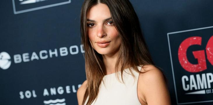 Emily Ratajkowski is Working on Book of Essays