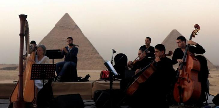 Egypt Upgrades Visitor Experience at Giza Pyramids Site