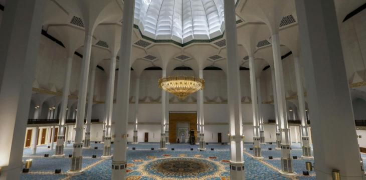 Algeria Inaugurates World's Third-Biggest Mosque