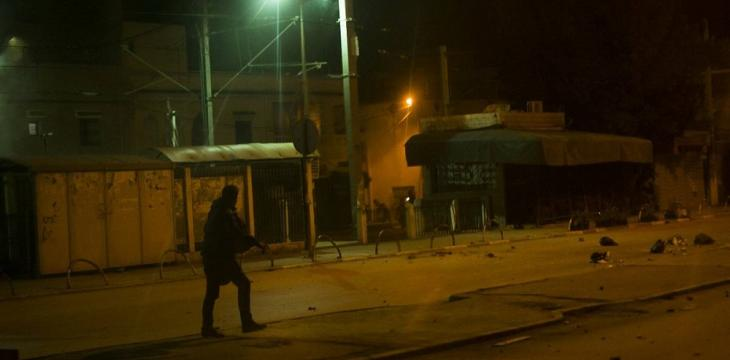 Riots Spread in Several Tunisian Cities for Second Night