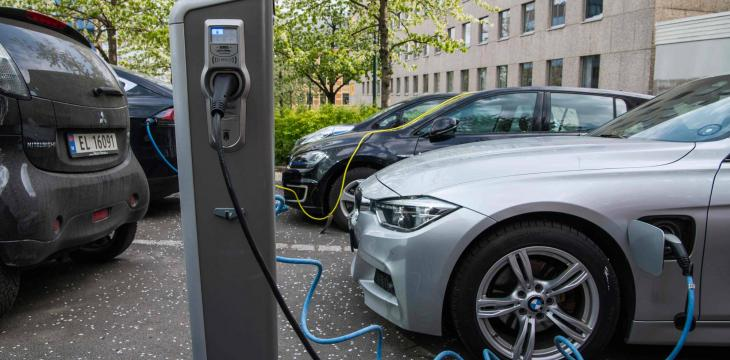 Egypt Signs MoU to Localize Electric Cars Industry