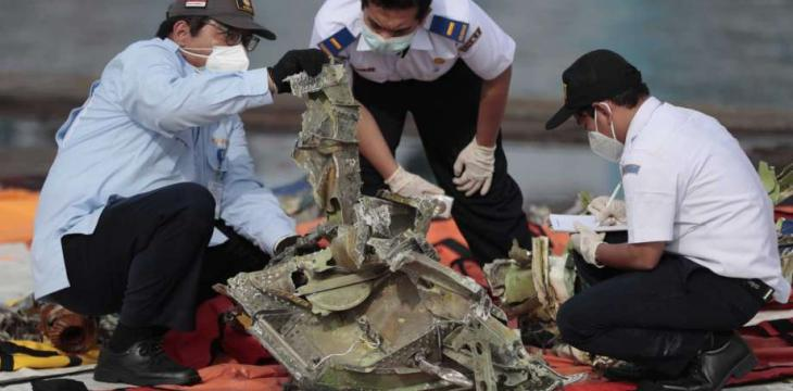 Indonesia Ends Search for Crashed Plane's Victims, Debris