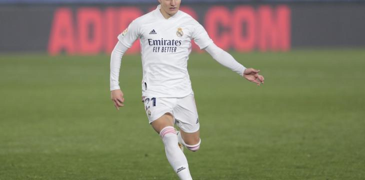 Arsenal Signs Midfielder Odegaard on Loan from Real Madrid