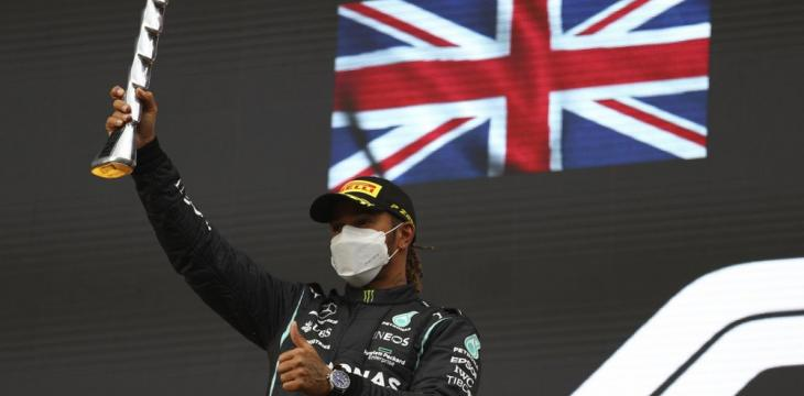 Hamilton's Ability to Cope with Adversity Key to Title Fight