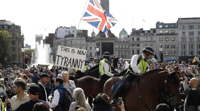 London Police arrests over 30 demonstrators during protest against COVID-19 restrictions