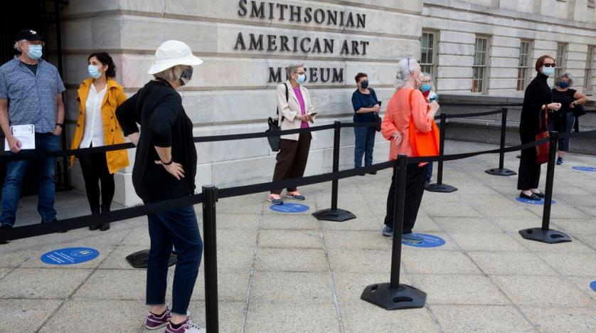 Smithsonian temporarily closes museums, National Zoo again as Covid cases climb