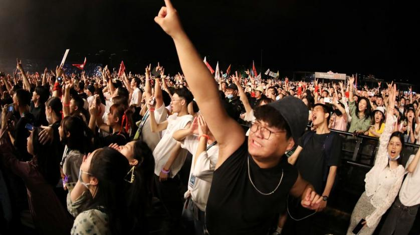 Thousands of Revelers Attend Wuhan Music Festival | Asharq AL-awsat