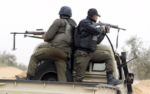 Tunisia Says Terrorist Groups are Isolated in Mountains on Algeria Border