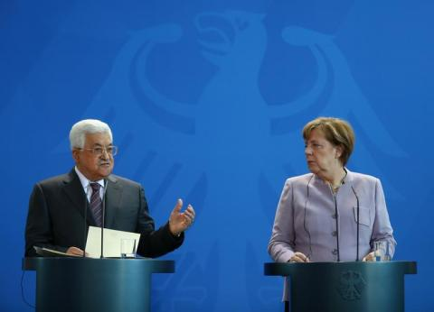 Abbas Urges Merkel to Pressure Israel to Allow Elections in Jerusalem