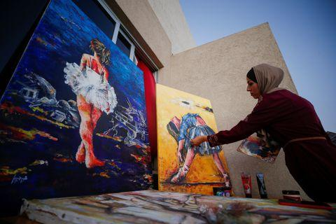 Palestinian Artist Mixes Beauty With Pain in Her Ballet Paintings