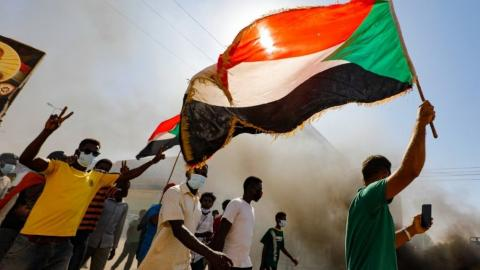 Sudan Halts Entry of Fuel Vessels into its Waters to Avoid Fines, Says Minister